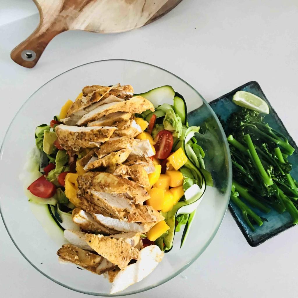Simple Fresh & Vibrant Autumn Salad!